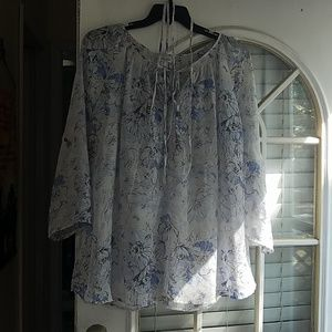 Motherhood maternity sheer floral top size 2x